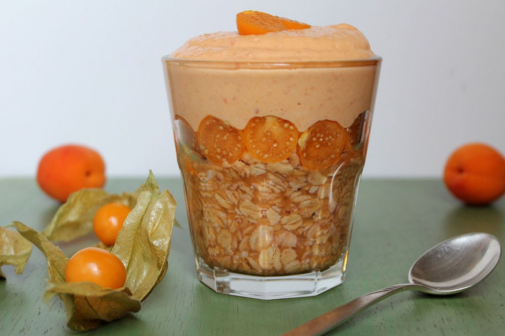 Rezept Overnight Oats Aprikosen-Quark Physalis