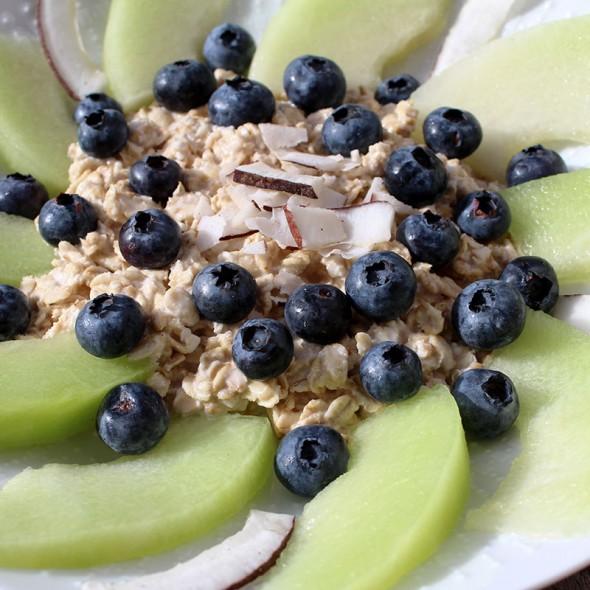 Overnight-Oats-Blaubeeren-Kokos-Melone