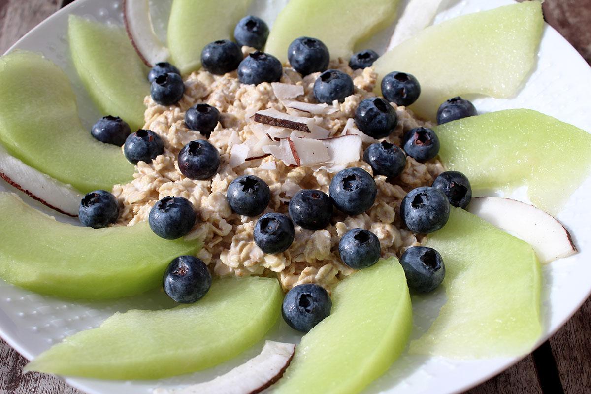 Overnight Oats Blaubeere Kokos Melone