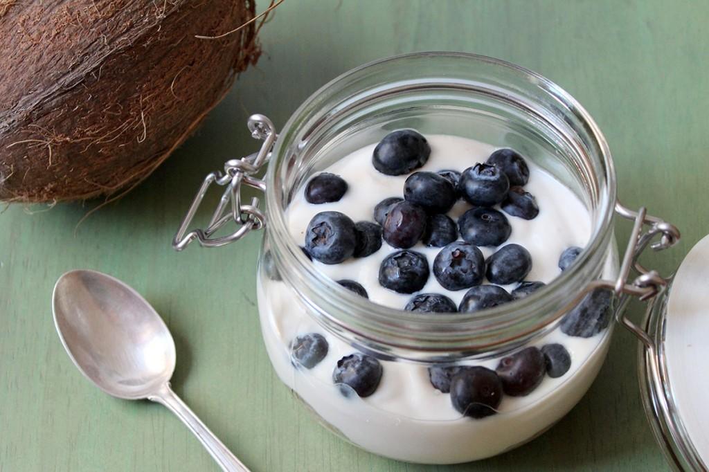 Vegane Power-Oats mit Kokosmilch und Soja-Joghurt
