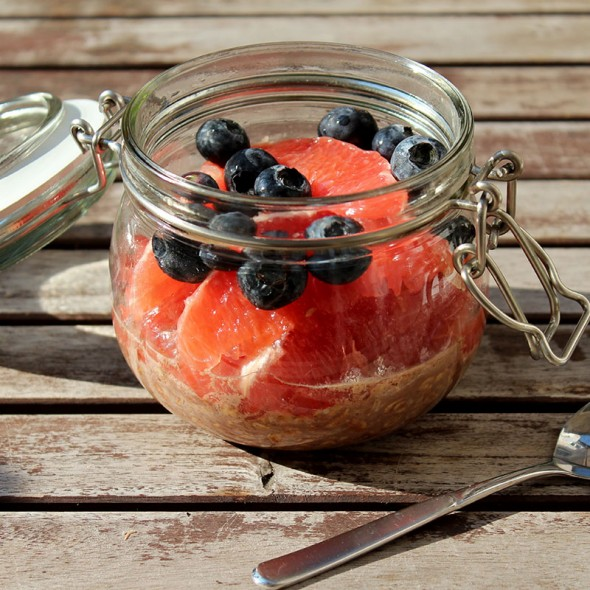 Overnight-Oats-Nutella-Grapefruit-Blaubeeren