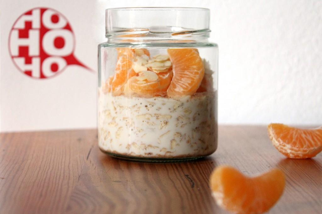 Overnight Oats mit Honig, Lebkuchen und Mandarine