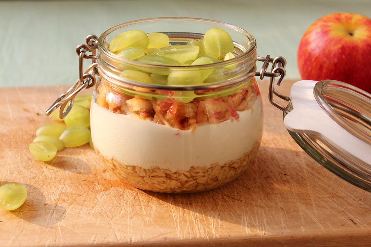 Overnight-Oats-Joghurt-Weintrauben-Apfel