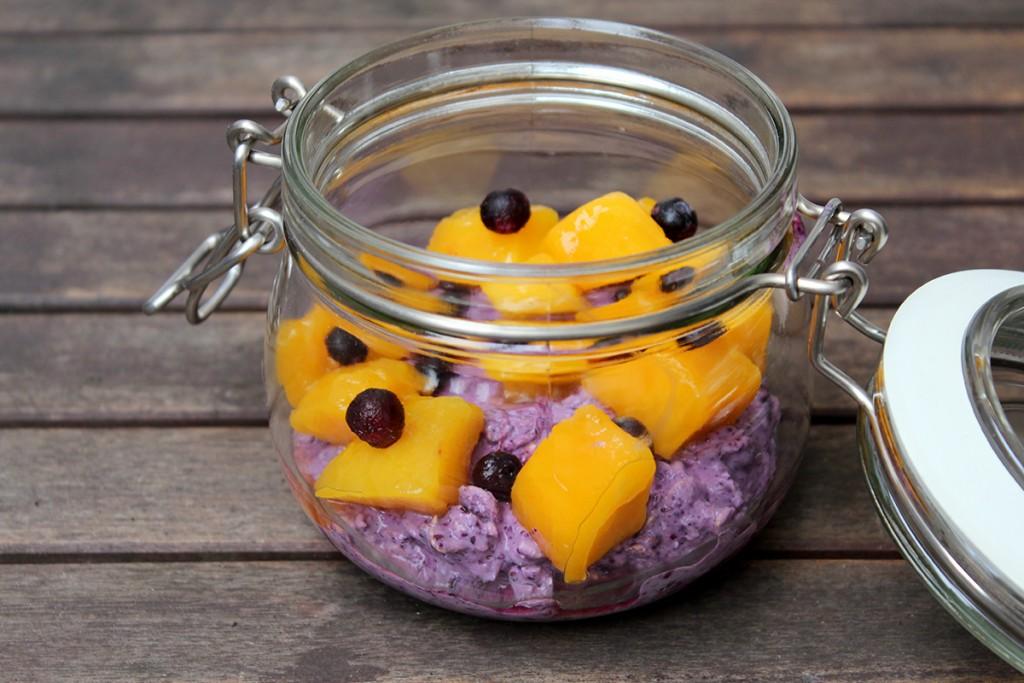 Overnight Oats Heidelbeer Mango