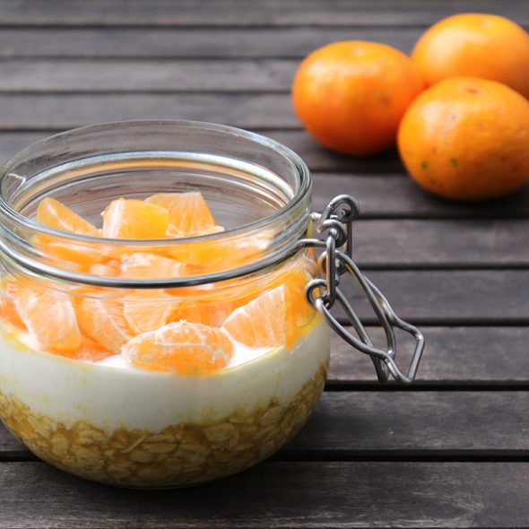 Overnight-oats-mandarinensaft-joghurt-mandarine