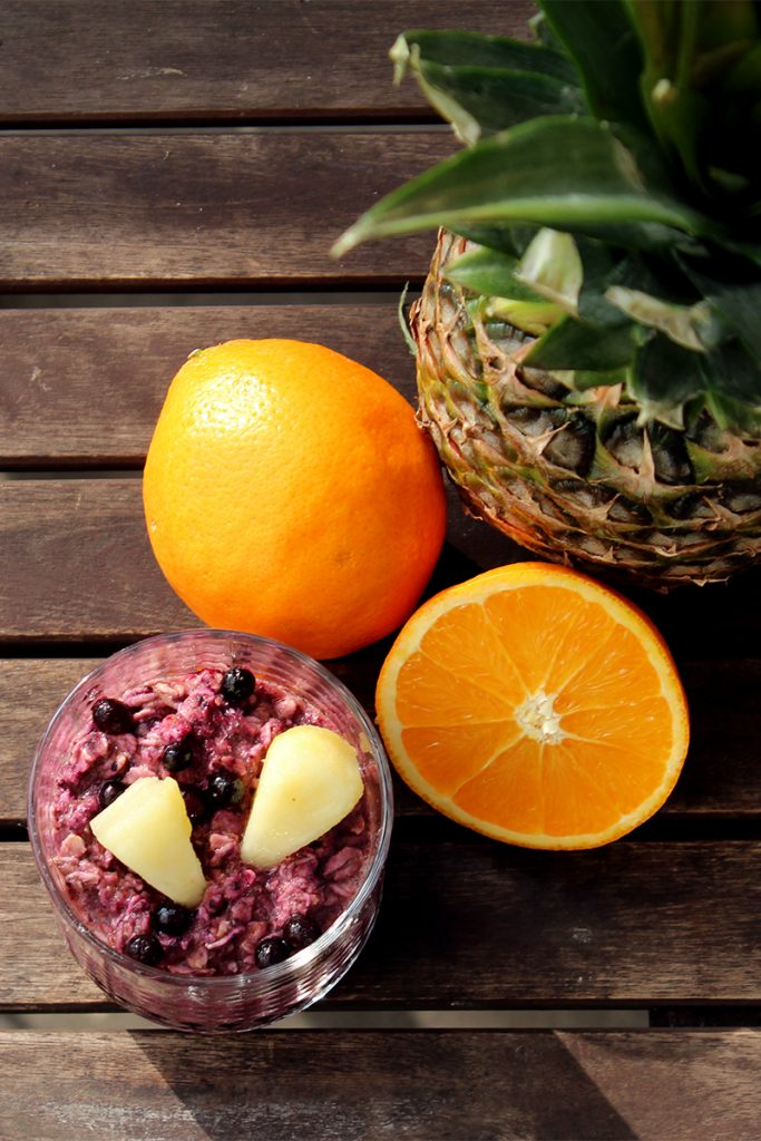 Overnight_Oats_Blaubeeren_Ananas_Orange