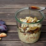 Overnight Oats mit Apfel, Pflaume und Se(e)le(n)